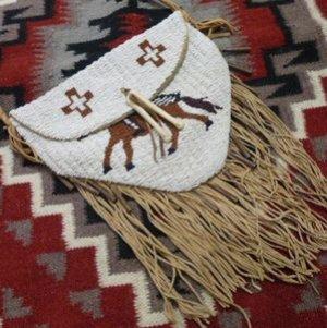 画像1: スーorシャイアン オールド ビーズワーク インディアン&ホースデザイン ショルダーバッグ