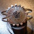 ホピ Marthus・Koinva オーバレイ 3Dサンフェイス バングル約15・5〜17cm用