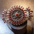 ズニ Philander・Gia ニードルポイント レッドコーラル バングル約15・5〜16・5cm用