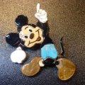 ズニ Andrea・Lonjose 全身ビッグサイズミッキーマウス ピンブローチ&TOP