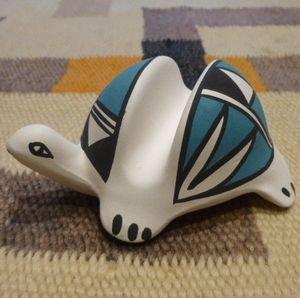画像1: アコマ ハンドペイント カメ型ポッテリーカードスタンド(陶器)